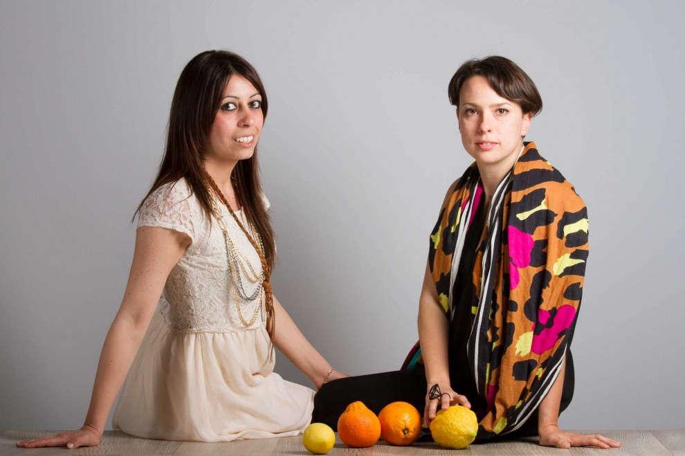 Orange Fiber realizza tessuti con gli scarti di lavorazione delle arance.